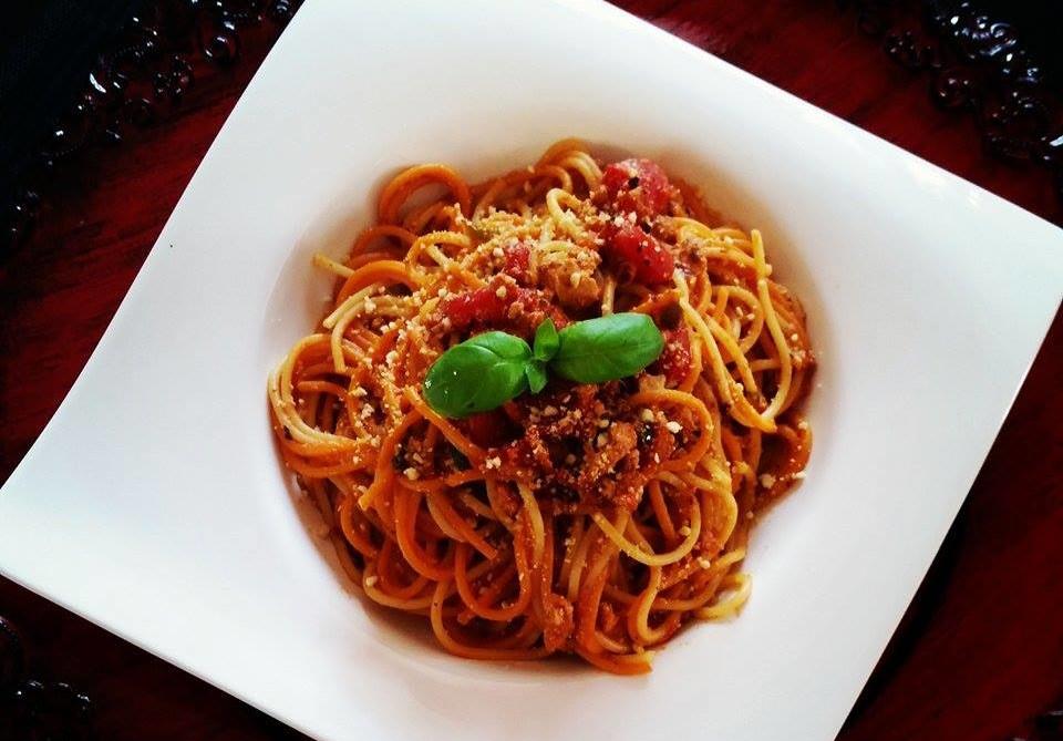 Jenn's Vegan Bolognese and Spaghetti